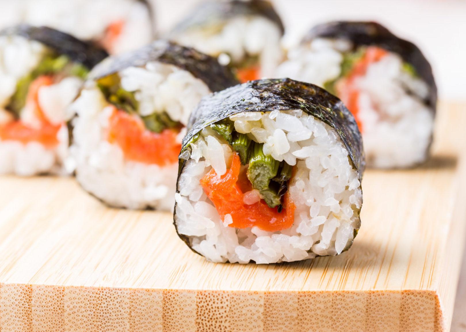 salmon asparagus roll