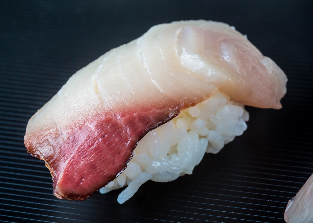yellowtail nigiri